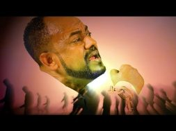 Abebe Teka & Henok Ekubamichael – Wede Kibir Midir – New Ethiopian Music 2018 (Official Video)